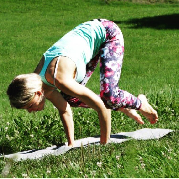 Weils einfach gut tut yogaeveryday bebeautyfulme zeigt auf mygloss 3hellip