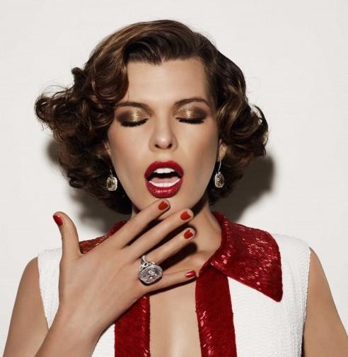 Aussehen wie Milla Jovovich? Wir helfen ein bisschen nach und verschenken die Kollektion L'OR L'OR L'OR von L'Oréal Paris. Ein raffinierter und zeitloser ... - Milla_Jovovich_LorLorLor_300-e1323612141917
