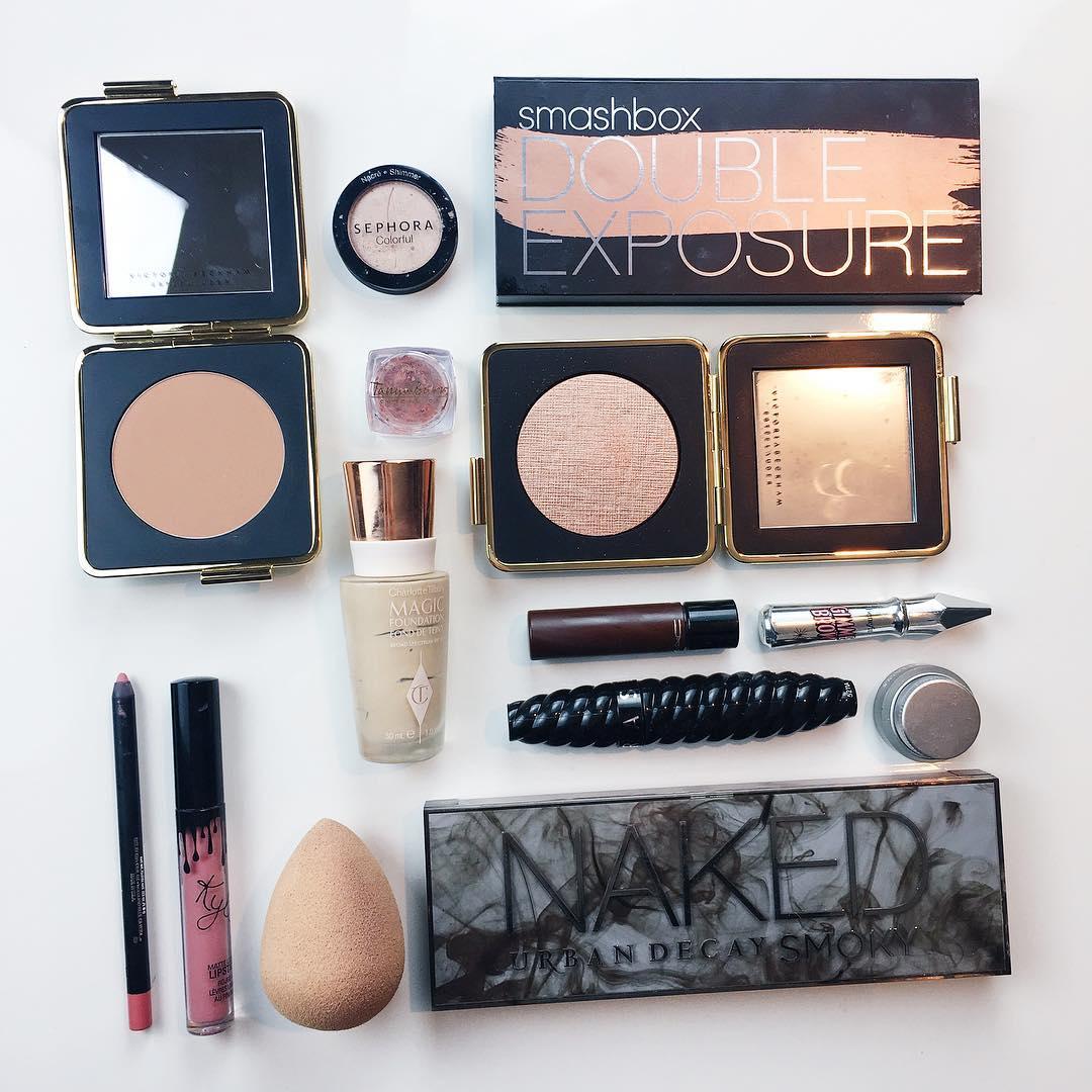 """Habt ihr Lust auf ein """"Instaglam"""" Male Up? ✨ Das Tutorial mit diesen Produkten gibts bald auf den Blog! #makeup#instaglam#esteelauder#smashbox#kyliejennerlipkit"""