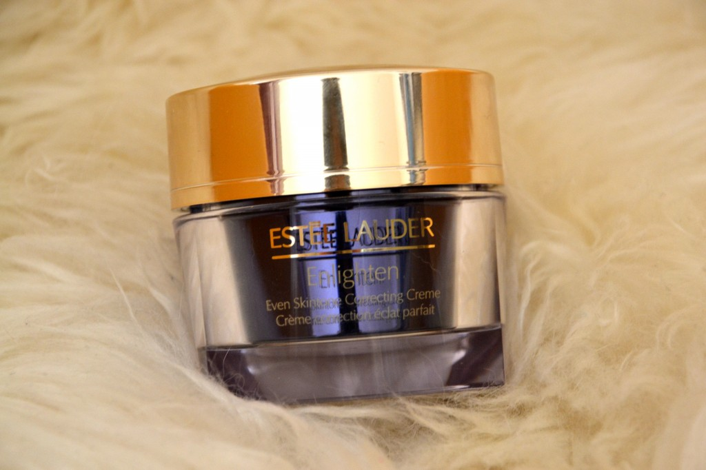 Esteé Lauder Enlighten Skintone Correcting Kollektion